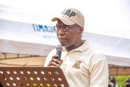 DG OYSADA, Dr Debo Akande